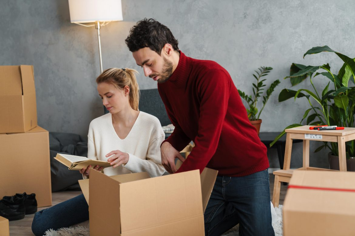 yesmovers Ultimate guide to safe packing of clothes when moving house